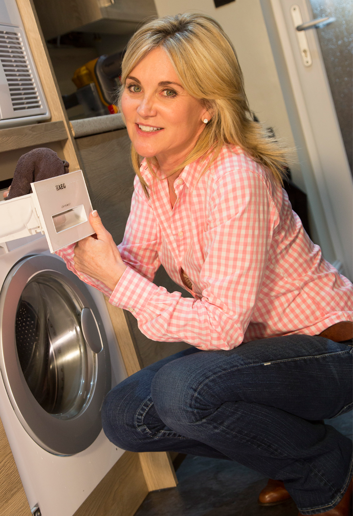 Household Tips with Anthea Turner – How to Maintain your Washing Machine