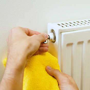 How to Bleed a Radiator - Household Maintenance Tips | Warrantywise